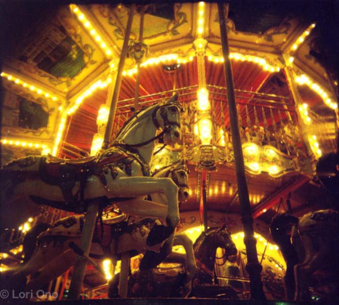 lori-ono-amusement-minatomirai-yokohama-polaroid-holga-color-carousel